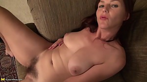 Hairy American mature mother with nice..