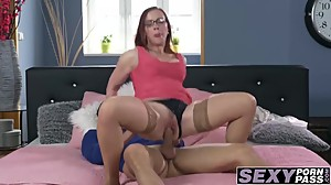 Sexy luxurious MILF hammered in her wet..