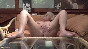Old granny with hungry anal and pussy..