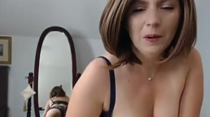 NAUGHTY MATURE CHICK MAKES HER PUSSY WET