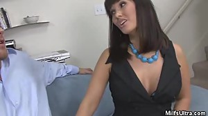 Milf Carrie Ann Stripped And Pussy Licked