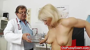 Amazing blonde wife gets her sweet..
