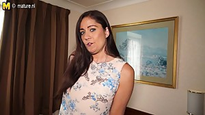 Sexy British housewife and mom plays..