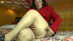 Horny amateur Latin mature mom playing..