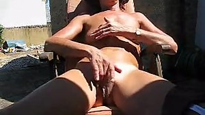 mature, skinny wife fingers big pussy