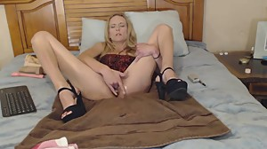 Mature Blond takes care of her pussy