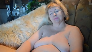 Goldenpussy Boobs and Pussy