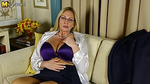 Big breasted American whore mom with..