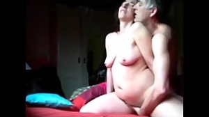 Amatur mature slut getting three orgasms..