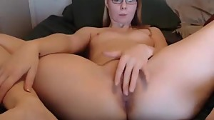 shycollegeslut fingering her pussy on..