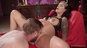 Pregnant Queen uses a male slave mouth..