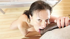 Fit white milf gets her shaved pussy..
