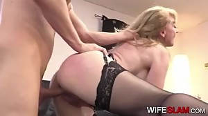 Lazy Office Worker Fucked By Hot Mature..