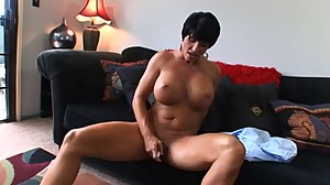 Hot Mature Busty Brunette Cougar Bangs..
