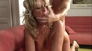 Mature blonde gapes her pussy fucking..