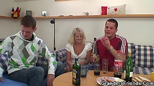 Two partying guys screw boozed blonde..